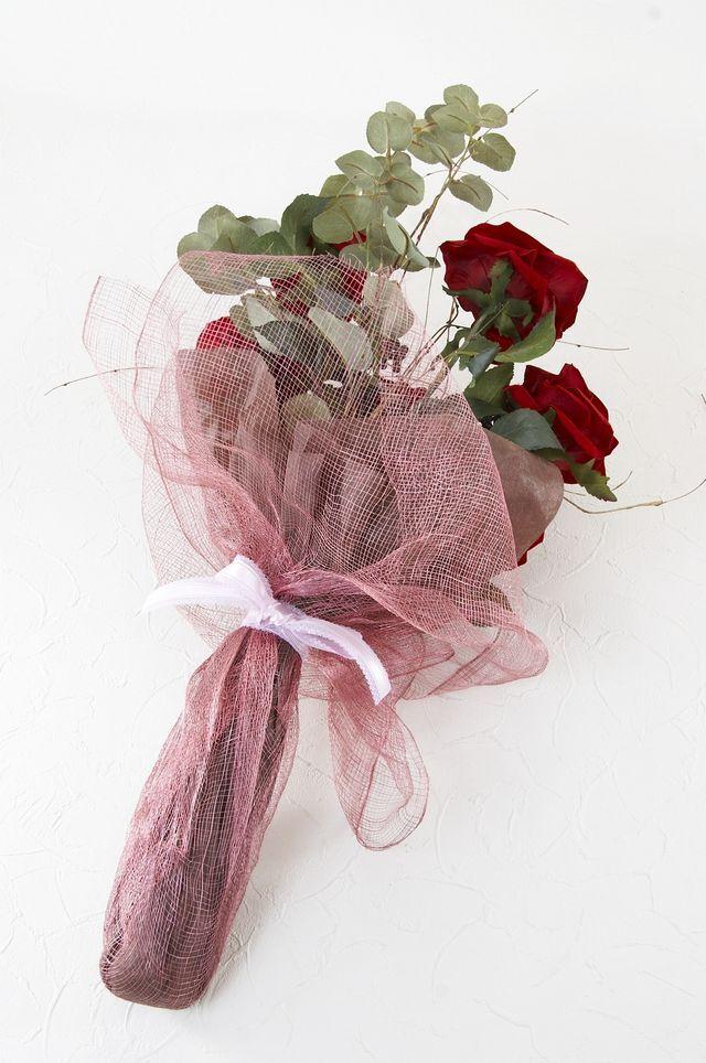【アーティフィシャルフラワー インテリアブーケアレンジ 】深紅の薔薇とユーカリの花束風アレンジメント