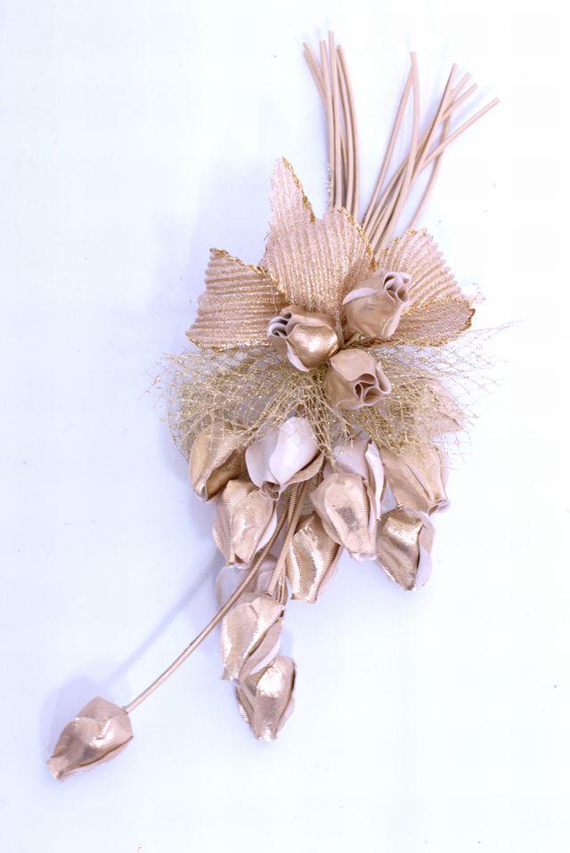 つぼみ花のコサージュ(ゴールド)
