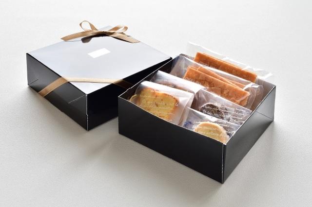 ARTLACZE GIFT BOX  S