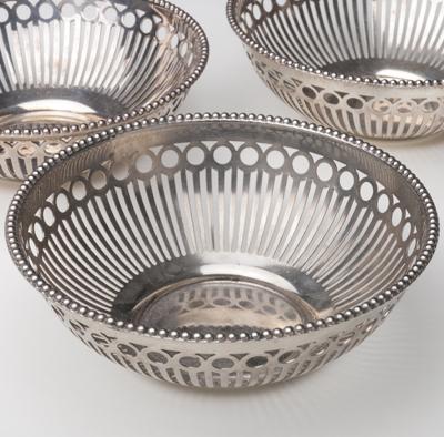 ボンボン皿