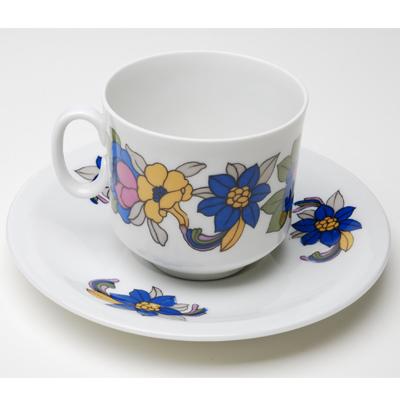 Porcelaine Berry Haute Porcelaine製カップ