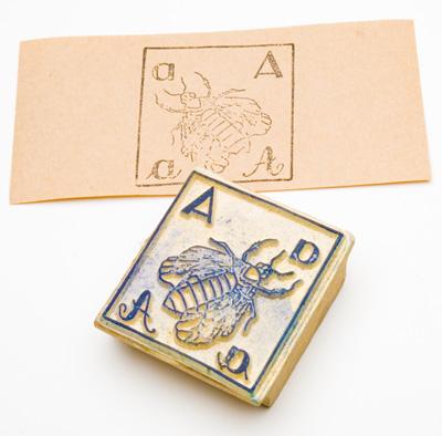 アンティークスタンプ(abeille)