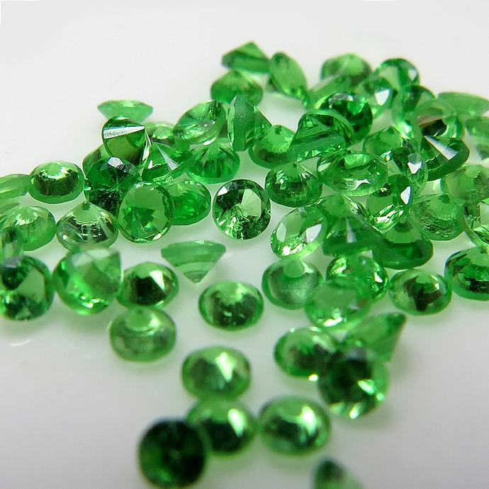 天然石ルース(裸石)・ツァボライト(グリーンガーネット)(タンザニア・非加熱)/ラウンド【3.2mm】ダイヤモンドカット(1個)