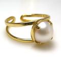 淡水パール指輪リング(真珠)4本爪(カボションラウンド・8mm)(真鍮ブラス・ゴールドカラー)(1個)
