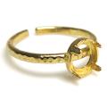 ブラス 指輪 リング ハンマード 空枠 4本爪(ラウンド/カボション用)6mm(真鍮ブラス・ゴールドカラー)(3個)