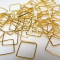 スクエア四角形チャーム ブラスパーツ コンポーネント(10mm)幾何学・ジオメトリックアクセサリー(真鍮・ゴールドカラー)(100個)