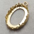 ペンダント空枠レースリボン(ベゼルセッティング/カボション用)(オーバル・16×12mm)(真鍮ブラス・ゴールドカラー)(5個)