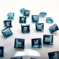 天然石ルース(裸石)・ブルートパーズ(ロンドンブルー)/スクエア【3×3mm】ファセットカット(4個)