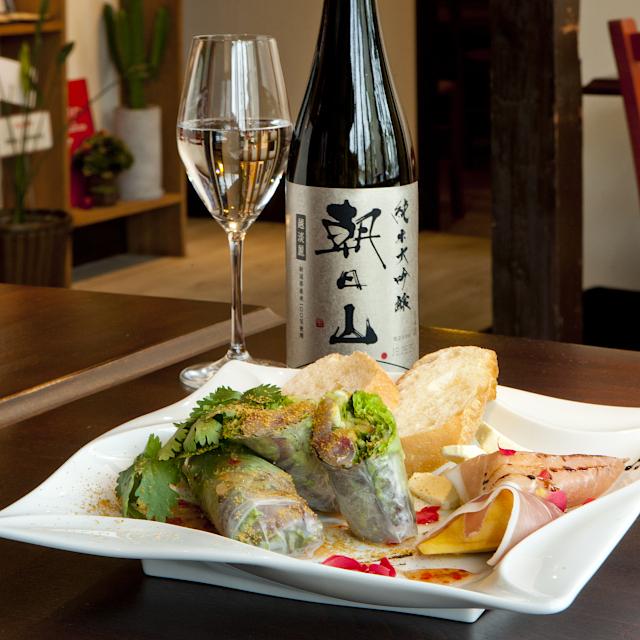 エスニック料理と楽しむ純米大吟醸「朝日山」