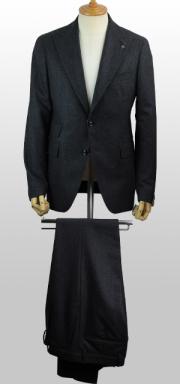 【秋冬ブランド】シングル2Bスーツ(ピークドラペル) / TAGLIATORE(タリアトーレ)