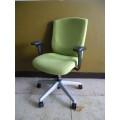 クロガネ オフィスチェア OC-022