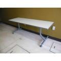 コクヨ 中折れ会議用テーブル KT-811 MT-022