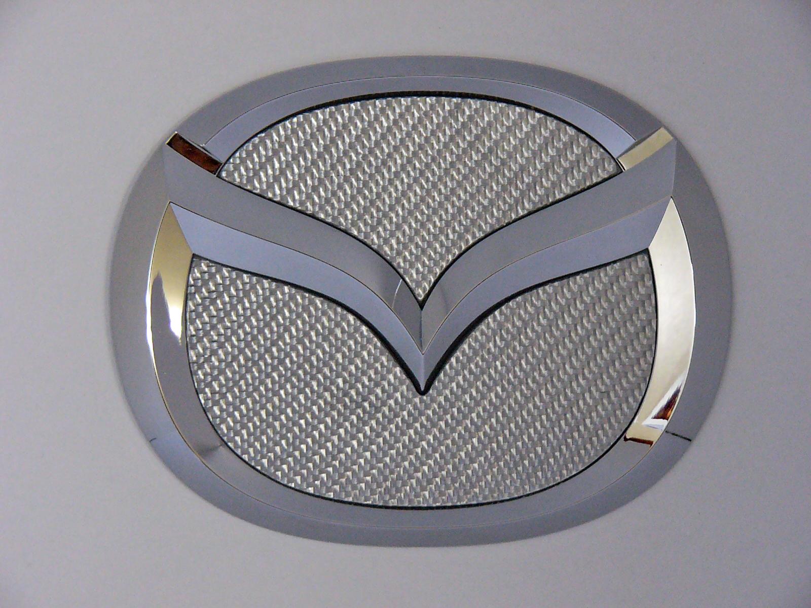 MAZDA CX7・MPV・プレマシー専用リヤエンブレムシルバーカーボンフィニッシャー