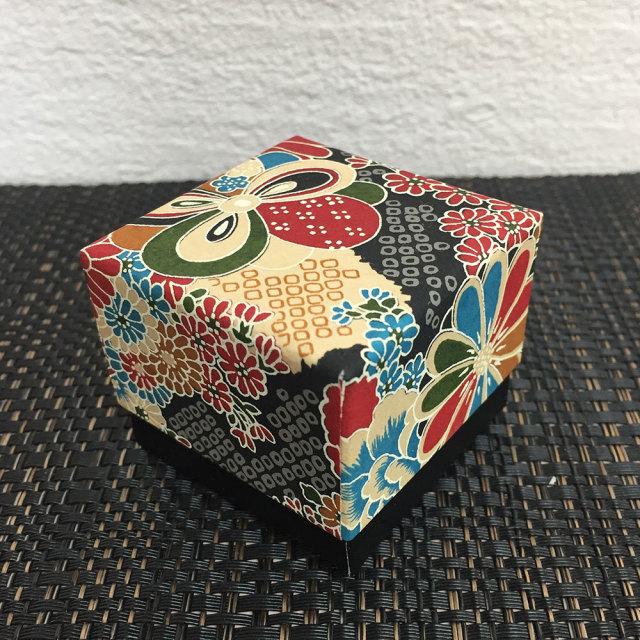 小箱 陽毬