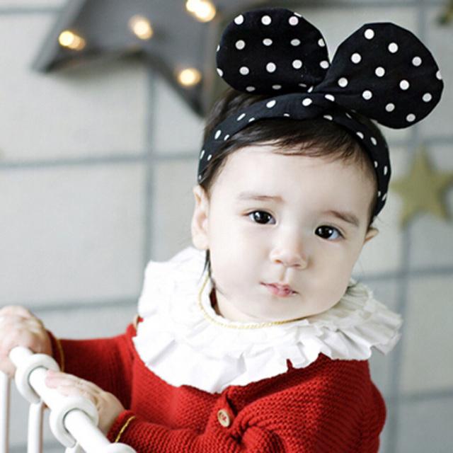 ベビーカチューシャ【ブラックドット】アクセサリー/ヘアバンド/髪飾り/赤ちゃん/女の子/出産祝い/ハーフバースデー