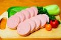 梅肉ポーク ボロニアソーセージ (200g)