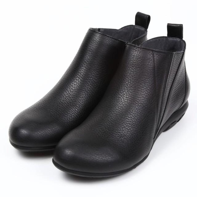 VITA NOVAアンクルブーツ ブラック