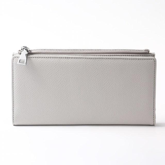 BARCLAY CLUB(バークレークラブ)上質なエンボスレザーを使用した長財布。 ライトグレー