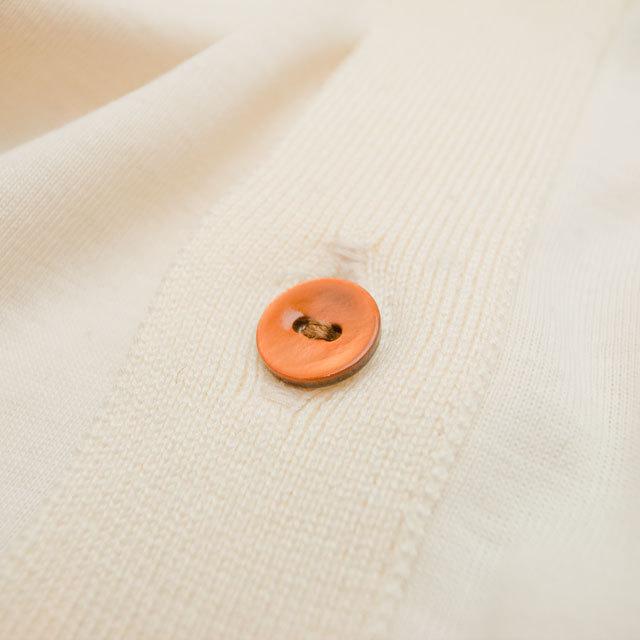 【丸型(染めボタン)】黒蝶貝 貝ボタン#00104 2穴11.5mm C/#ORANGE
