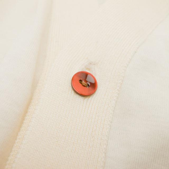 【丸型(染めボタン)】黒蝶貝 貝ボタン#00104 2穴11.5mm C/#RED