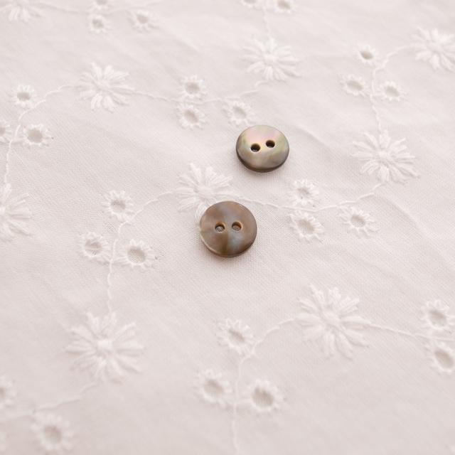 【丸型(定番)】茶蝶貝 貝ボタン#00150 2穴9mm