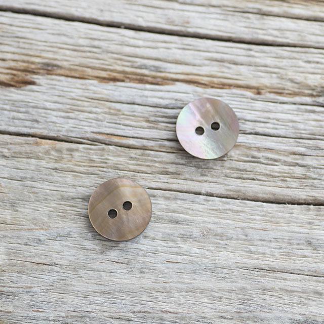 茶蝶貝ボタン 00104