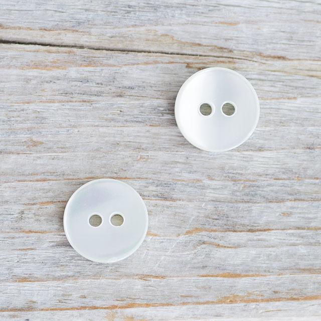 【丸型(シンプルデザイン)】グリーンシェルボタン#bt025 2穴11.5mm