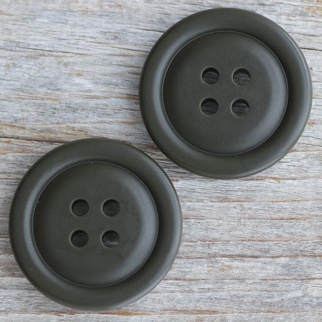ミリタリーボタン