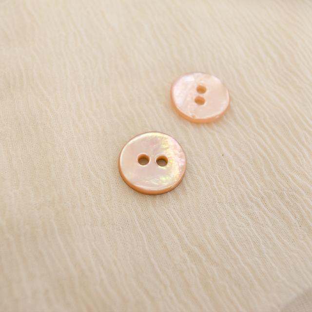 【丸型(染めボタン 皿型)】アコヤパールシェル 貝ボタン#00104 2穴11.5mm C/#apricot