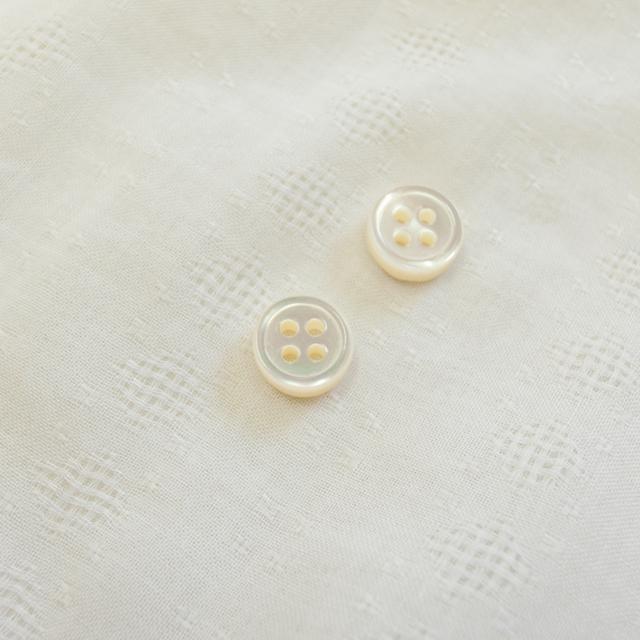 【厚みのあるボタン(4mm厚)】高瀬貝貝ボタン#00017 4穴10mm