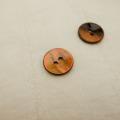 【丸型(染めボタン)】黒蝶貝 貝ボタン#00104 2穴15mm C/#ORANGE