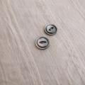 【丸型(デザイン キャッツアイ)】黒蝶貝ボタン#bt038 2穴13mm