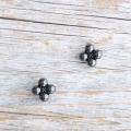 【花の形のボタン】スモールメタルボタン #BT250 1穴 9mm C/#BN ブラック