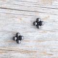 【花の形のボタン】スモールメタルボタン #BT250 1穴 10mm C/#BN ブラック