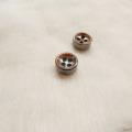 【厚みのあるボタン(4mm厚)】淡水真珠貝 貝ボタン#bt097 4穴9mm C/#BRW