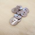 【丸型(染めボタン 皿型)】アコヤパールシェル 貝ボタン#00104 2穴15mm C/#cassis