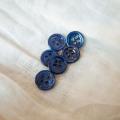 【丸型(染めボタン)】高瀬貝 貝ボタン#00017 4穴11.5mm C/#navy berry