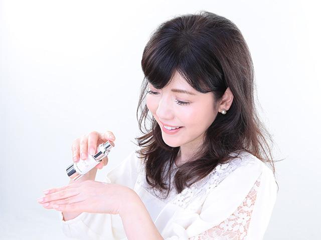 【定期購入】送料無料〈KAKO IIZUKA〉HASモイストセラム(美容液) ヒト由来幹細胞コスメ 肌に馴染みやすく、スッとお肌に浸透!