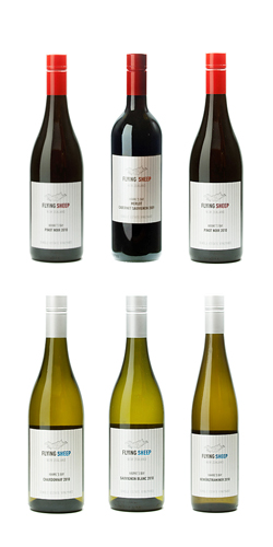 ニュージーランド ワイン フライングシープワイン 750ml 6本セット (ピノノワール・メルロー/カベルネ、サンジョベーゼ:ソーヴィニヨンブラン、シャルドネ、ゲベルツトラミネール) 送料無料