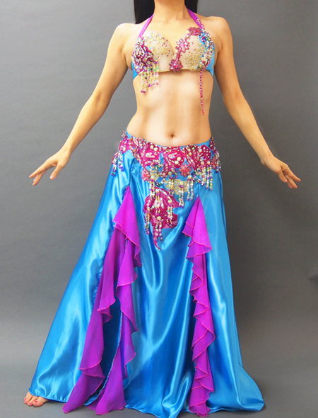 光沢のある水色サテンにパープル。美しい輝きのベリーダンス衣装