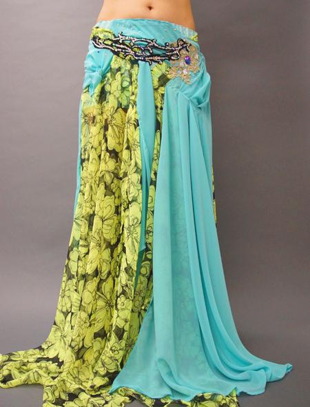 花柄とエメラルドグリーンのベリーダンス衣装4 ミラーナ