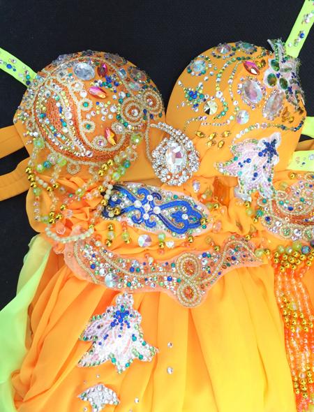 アラビアンなオレンジベリーダンス衣装2 ミラーナ
