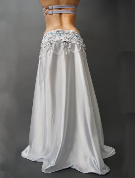 光沢溢れるキラキラなシルバーのベリーダンス衣装 ミラーナ
