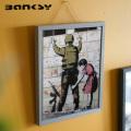Banksy バンクシー Girl Searching Solder アート IBA-61731