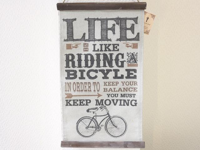 自転車 LIFE/自転車柄/自転車雑貨/自転車モチーフ/サイクル/北欧/壁掛け/キーストーン ウ゛ィンテージルック タペストリーミニ