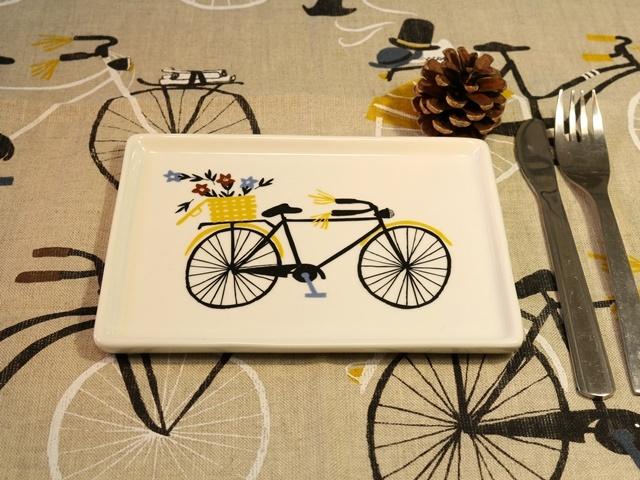 バストレイ Bicicletta  皿 お皿 自転車柄皿 自転車柄お皿 雑貨 自転車雑貨 クリスマス クリスマスプレゼント ギフトかわいい
