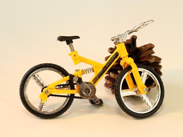 自転車,おしゃれ,自転車柄メンズ,雑貨,ロードバイク,かわいい,自転車モチーフ,インテリア,ミニチュア,模型,モチーフ,MTB