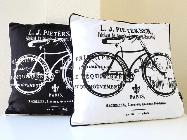 送料無料 クッションカバー 45×45/自転車/おしゃれ/北欧/自転車柄/自転車モチーフ/インテリア/45×52cm コットン 綿 かわいい