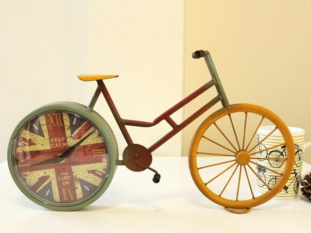 置き時計 インテリア/アンティーク/おしゃれ かわいい 自転車柄 雑貨/木製/北欧/自転車モチーフ/誕生日 プレゼント 母の日 ギフト