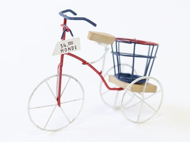 三輪車 庭 ナチュナル ガーデニング オーナメント 置物 レトロ 自転車 モチーフ ミニチュア雑貨 飾り付け かわいい 北欧 インテリア